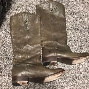 Beautiful FRYE boots, dark tan, almost olive